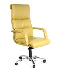 Кресло для руководителя СН780. Элегантная, легкая модель